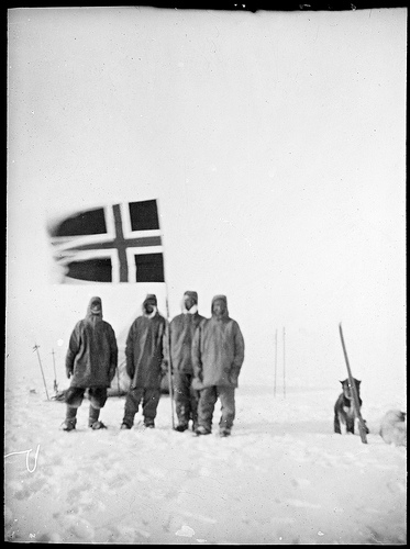 Roald Amundsen photo