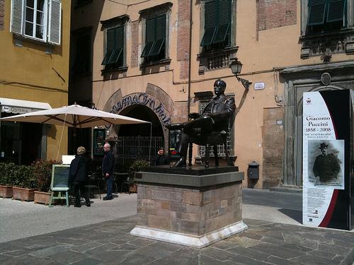 Giacomo Puccini photo
